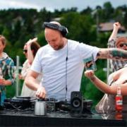 Geen verzoekjes aub, een dj is geen jukebox!